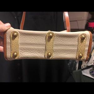 Authentic Dooney Leather shoulder bag/crossbody